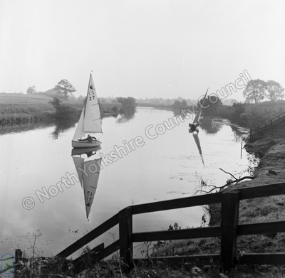 Sailing, River Ure, Langthorpe